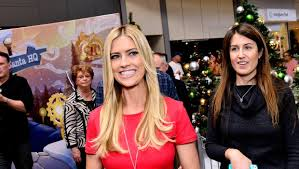 flip or flop stars tarek and christina el moussa split flip or flop star christina el moussa opens up on very public