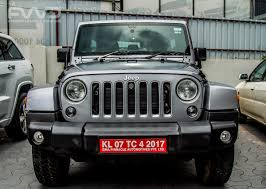 royal blue jeep pre bookings for jeep u0027s u0027compass u0027 opens in kochi by fca india