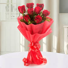 Fern N Decor Enigmatic 8 Red Roses Gift Enigmatic 8 Red Roses Ferns N Petals