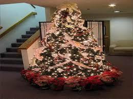 Christmas Tree Ribbon Decorating Designer Christmas Tree With Ribbon And This Luxury Designer