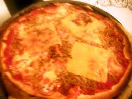 amour de cuisine pizza recette de pizza a la bolognaise par notre amour de cuisine