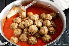 thanksgiving egg noodles spicy italian sausage meatballs over egg noodles u2022 a farmgirl u0027s