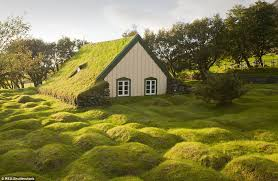 real hobbit house the real life grass topped buildings that look just like hobbit