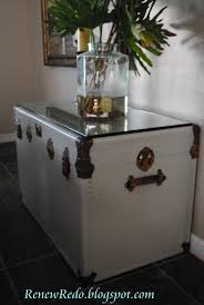 Diy Painted Furniture Best 25 Trunks Painted Ideas On Pinterest Trunk Redo