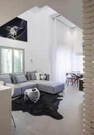 Wohnzimmer Grau Weis Schlafzimmer Mit Bad Hinter Glaswand Loft Wohnung In Tel Aviv