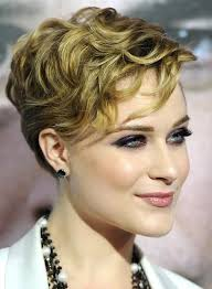 short hair layered and curls up in back what to do with the sides 20 gorgeous wavy and curly pixie hairstyles short hair ideas