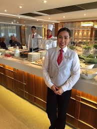 The Best Of Viking River Cruises Part I Bonvoyageurs - Dining room attendant