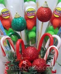 How To Make A Candy Bouquet A Quick Christmas Gift Idea Make A Christmas Candy Bouquet