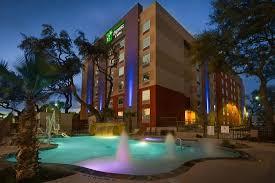 Comfort Inn In San Antonio Texas The 10 Closest Hotels To Six Flags Fiesta Texas San Antonio