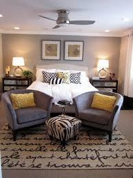 Best Accent Walls For Plain Beige Living Room Furniture Images - Beige bedroom designs