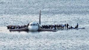 trailer for sully about flight 1549 miracle on the