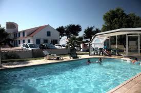 chambre piscine gite piscine chauffée couverte vendée