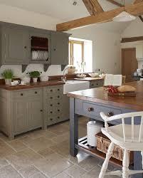 exemple de cuisine avec ilot central cuisine avec ilot central 7 façons de l aménager