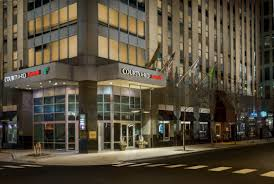 Chicago Hotels Map Magnificent Mile by Courtyard By Marriott Chicago Downtown Magnificent Mile 165 East