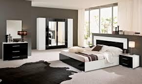 chambre à coucher design interieur chambre coucher luxe blanc laqué noir tapis
