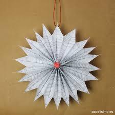 adornos navidenos con papel periodico diy paper christmas