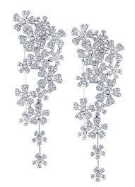 chandelier diamonds 8 best chandelier images on diamond chandelier