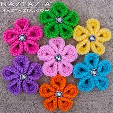 ravelry crochet kanzashi flower pattern by naztazia