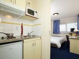 chambre t1 hôtel journée lyon appart city lyon villeurbanne réservez un