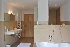 badezimmer mit eckbadewanne badezimmer wohnung 4 ferienwohnungen schäck oberharmersbach