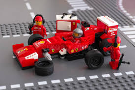 ferrari speed chions fixing wheel of ferrari f14 t race car by speed chions