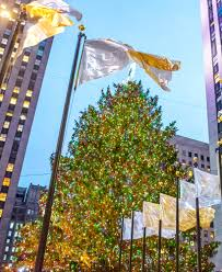 Nyc Tree Lighting Stay At Top Nyc Luxury Hotel U0026 Enjoy The Rockefeller Center