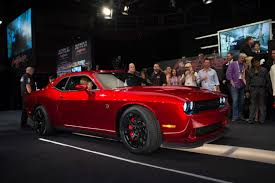 2015 dodge srt hellcat challenger dodge build the 2015 challenger srt hellcat with vin0001