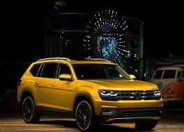 volkswagen atlas r line 2018 volkswagen atlas the brand new full size suv from volkswagen