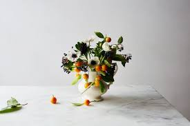 Arranging Flowers by The Vases Flowers And How To U0027s For 3 Essential Flower Arrangements