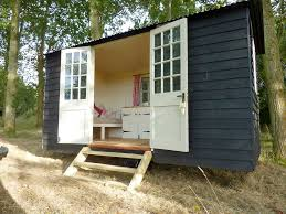 the original hut company robertsbridge east sussex pitchup com