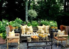 Front Porch Patio Furniture by 123 Best Outdoor Rooms Images On Pinterest Outdoor Rooms