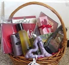 honeymoon gift basket gift baskets romance365