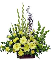 sympathy flowers delivery 9 best sympathy flowers funeral flowers images on