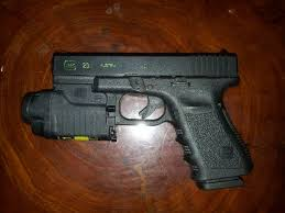 laser light combo for glock 22 this is my glock 23 40cal with the gtl 21 22 light laser combo