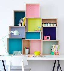 customiser un bureau en bois 1001 idées pour fabriquer une étagère en cagette soi même