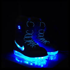 light up snowboard boots nike neon powered snowboard boots light up the slopes cool