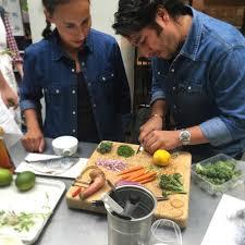 offrir un cours de cuisine avec cyril lignac relevez le défi de cyril lignac et gagnez encore plus de cadeaux