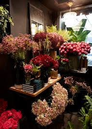 Faux Flowers Fill Your Home With Fake Flowers That Are Genuinely Fabulous