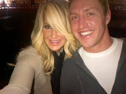 zolciak wedding ring zolciak and kroy biermann show their wedding rings