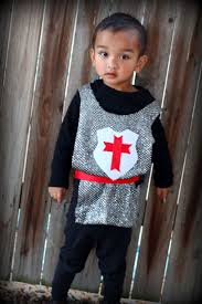 Easy Toddler Halloween Costume Ideas Best 20 Halloween Costume Knight Ideas On Pinterest