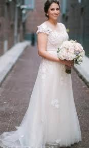 reem acra constance 2 725 size 14 used wedding dresses