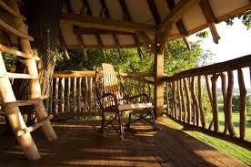 treehouse hotel pennsylvania hugh lofting timber framing tree house
