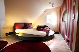 Schlafzimmer Einrichten Ideen Kleines Dachgeschoss Schlafzimmer Einrichten Moderne Deko