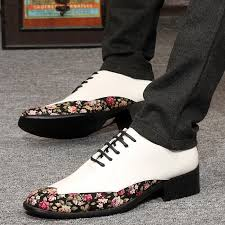 cheap japanned leather fashion mens wedding shoes have flower