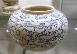 file vase white glaze ceramic with cobalt blue patterns early