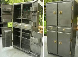 cuisine en metal buffet cuisine en métal ées 50 mobiliers africain puces