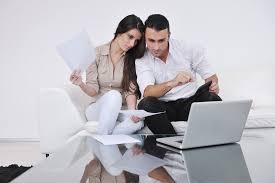 bolehkah suami istri bekerja di kantor yang sama okezone economy