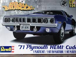 revell 71 u0027 plymouth hemi cuda plastic model build youtube