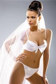 Honeymoon Lingere How To Buy Wedding Lingerie Weddingelation