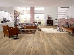 Laminate Flooring Next Day Delivery Egger Large 8mm Valley Oak Laminate Flooring H1001